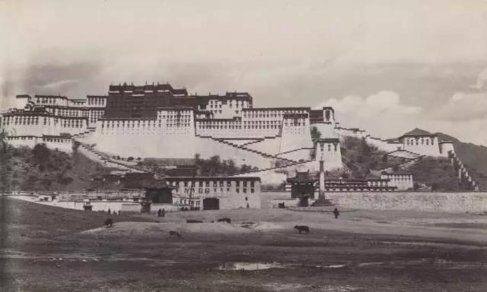 བོད་ཀྱི་པར་རྙིང་ཁག་ཅིག (1900-2006)